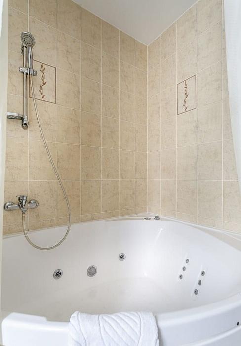 Комфорт с гидромассажной ванной